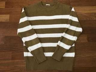 【優質二手】 UNIQLO 副牌-GU 棉質條紋針織衫 卡其M號