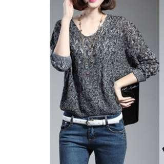 🚚 【全新轉賣】女裝2XL鏤空針織衫微透套頭V領蝙蝠衫T恤顯瘦百搭上衣