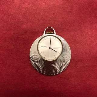 🚚 Vintage 1970 Seiko 21-7160 Pendant Watch Diashock 17 Jewel Mechanical Movement Hand Winding