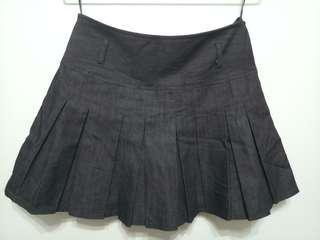 🚚 Black Semi-pleated Skirt