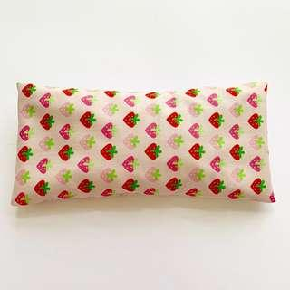 🚚 ⭐️Bean Sprout Husk Pillow / Beanie Pillow , Imported Fabric ( 100% Handmade 100% Cotton , Premium Quality!) 15 x 30 cm strawberry 🍓