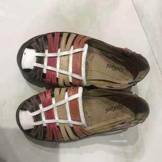 Sepatu sandal kickers original centro