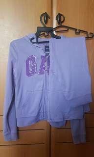 🚚 Gap jacket and pants