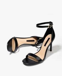 🚚 Charles and keith sandals