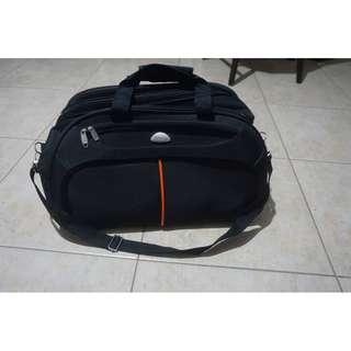 Duffel bag with rollers and hand trolley