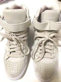 Adidas 女裝波鞋 (內增高鞋款)