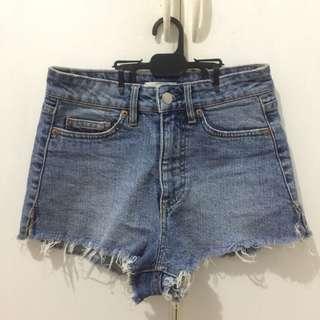 H&M Highwaisted Shorts