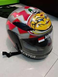 Helm agv th 2000