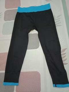 Preloved Size S Celana Senam Legging Senam Garis Biru