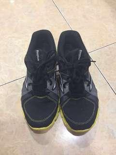 NEGO Jual sepatu running reebok ORIGINAL