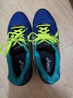 Asics波鞋