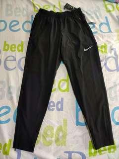 Nike Flex Standard Fit Training Pants (Men's size L)