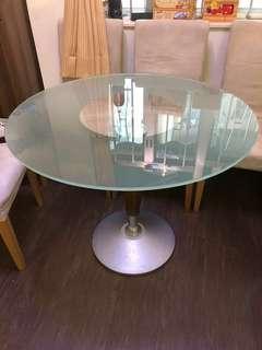 Glass Table 玻璃食飯枱