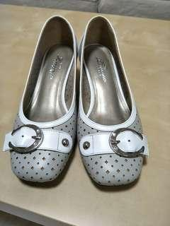 🚚 阿瘦女包鞋(小跟)