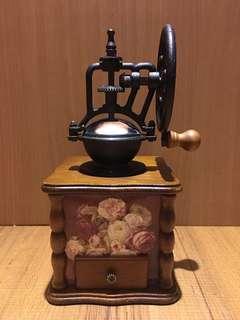 古典手搖磨豆機 實木磨豆機 手動磨豆機 磨豆機鑄鐵原木磨豆機 咖啡磨豆機