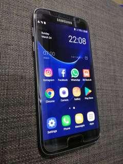 Samsung S7 Excellent Condition. Like new!