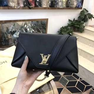 Authentic Pre-loved Louis Vuitton Love Note M54500