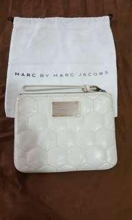 MARC BY MARC JACOBS👝
