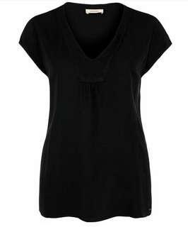 Triangle crepe black blouse