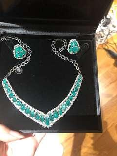 Red carpet worthy Emerald diamond necklace and earrings set