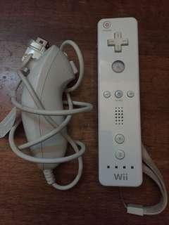 Wii remote + nunchuck