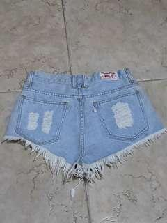 Frayed ripped denim high waisted shorts