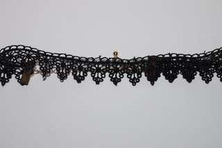 black chokers (lace + velvet)
