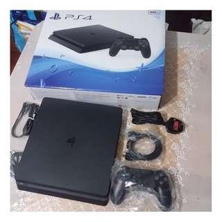 有保養PS4 500GB Slim黑色主機行貨連2隻GAMES