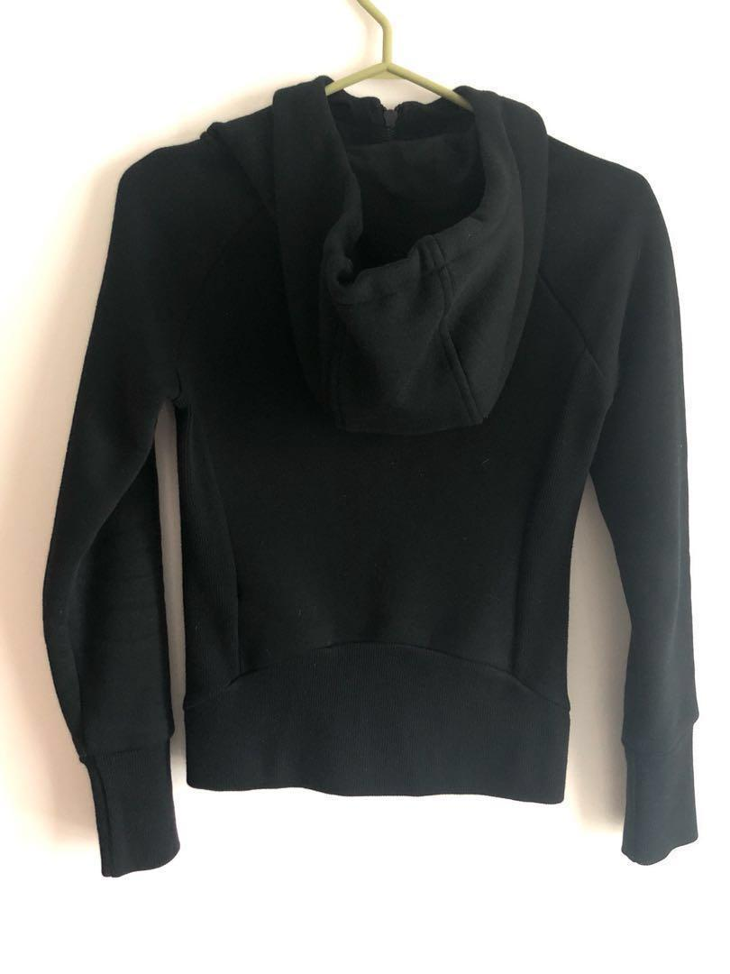 Aritzia community black sweater XXS