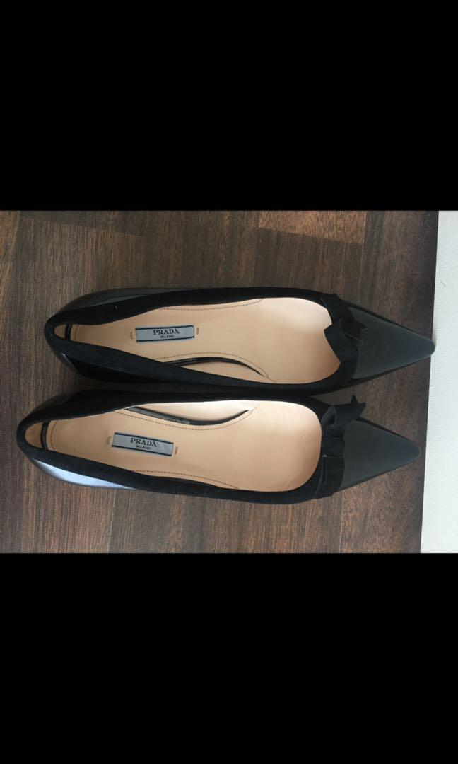 Authentic Brand New Prada flats size 9(41) for an amazing price!
