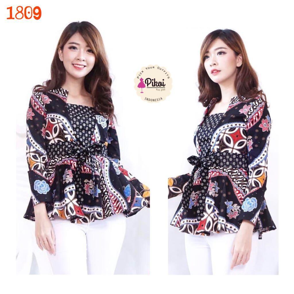 Desain Baju Batik Panjang Wanita
