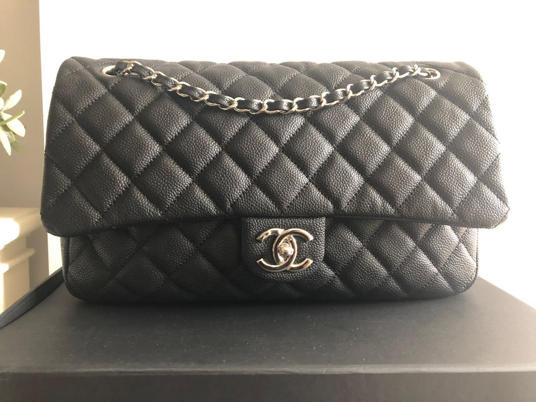 7c805d89190bb0 Chanel Jumbo Caviar Easy Flap, Women's Fashion, Bags & Wallets ...