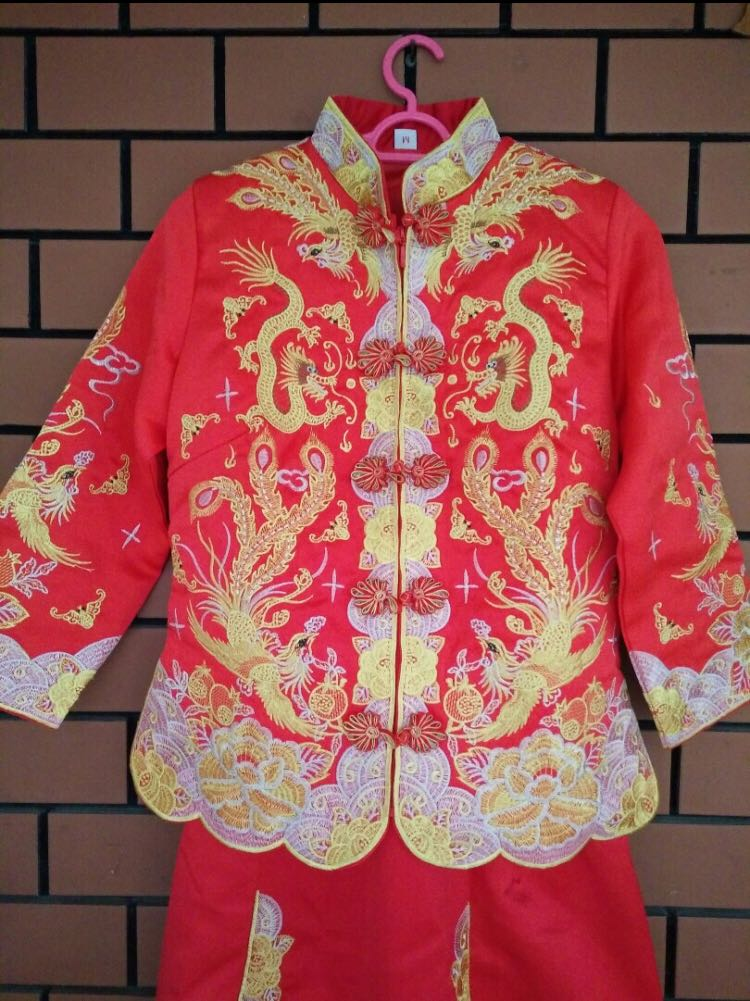 6054665dc Chinese Wedding Kua, Women's Fashion, Clothes, Others on Carousell