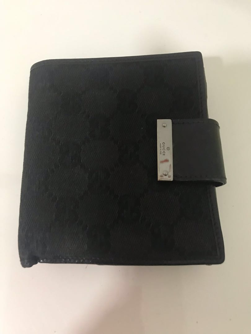4a0879021f071e Gucci Wallet, Women's Fashion, Bags & Wallets, Wallets on Carousell