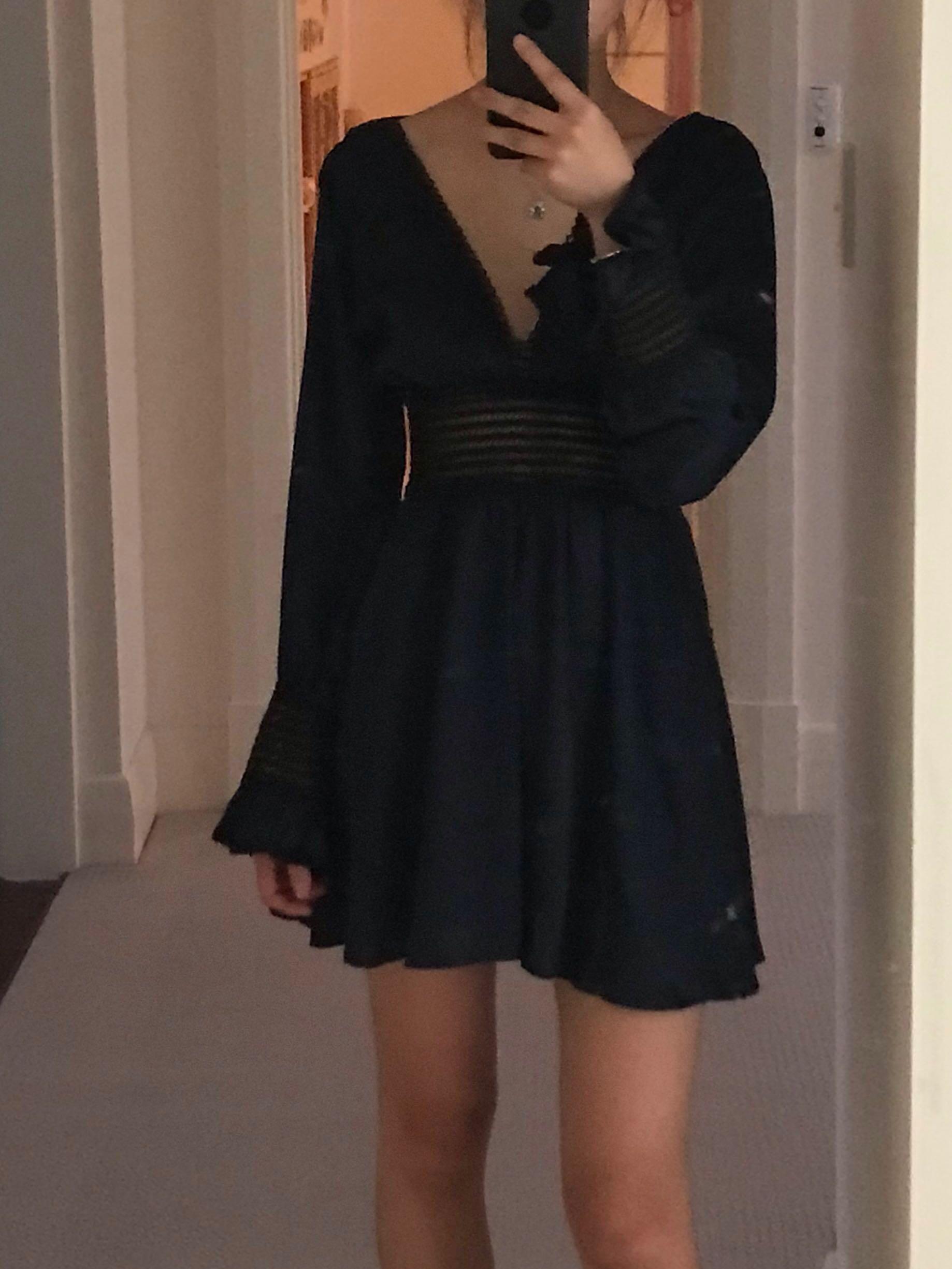 Navy vneck long sleeve dress