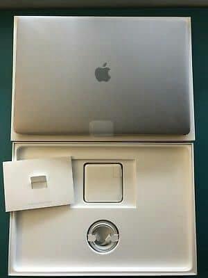 Original Brand new Apple Mac book pro 2017 ( 13 - inch )
