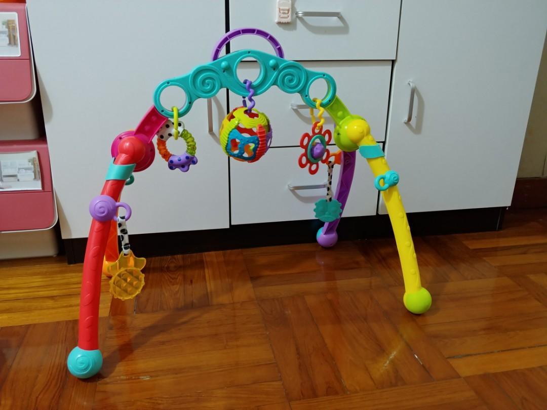 Playgro 嬰兒健身架