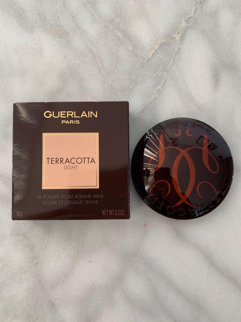 TERRACOTTA LIGHT THE HEALTHY GLOW VITAMIN-RADIANCE POWDER in 5 Deep Cool