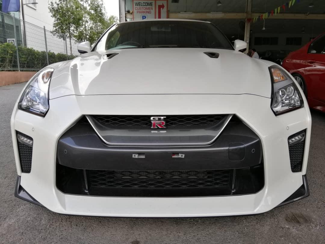 UNREGISTER,Nissan GT-R 3.8 R35 Premium Edition LATEST MODEL,570 HORSE POWER!!!