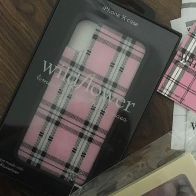 separation shoes 226b8 8beb9 Wildflower cases iPhone X pink plaid case