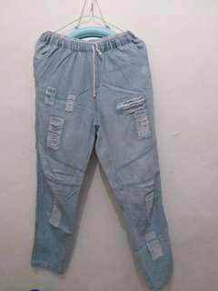 Celana Joger warna jeans