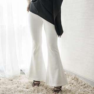 White Flare / Cutbray Pants