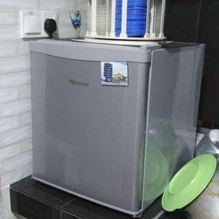 [SOLD] Home clearance - mini bar fridge & washing machine