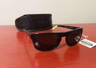 BNWT Men's Fossil Polarized Sunglasses (135)