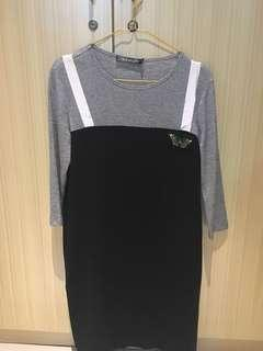 Dress abu hitam