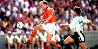 Nike 荷蘭 Nederland 1998-2000 Authentic 全新 正版 BNWT -Size S- 細碼 主場 球迷版 球衣