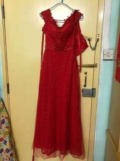 紅色敬酒裙