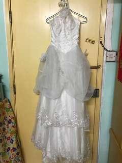 掛頸鋼紗婚紗
