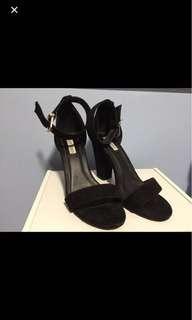 Block Heeled Suede Sandals | Size 7/8 | Black