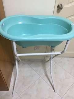 🚚 Baby bathtub